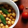 Caril de grão e cogumelos